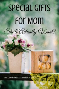 I wanted to find some special gifts for Mom this time, and this list is great. It's got affordable ideas that I know she'll actually love to have!