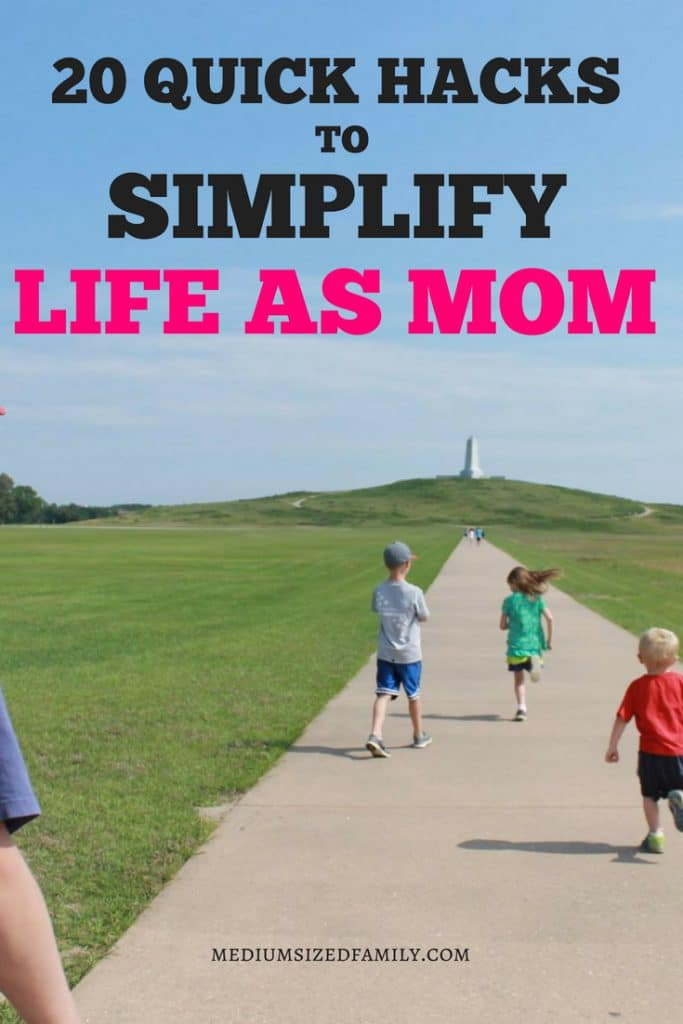 Looking for life hacks for your parenting game? These mom life hacks will make raising baby and kids simpler. Whether you're a stay at home mom or a working parent, you can put these small tricks in place right away and enjoy an easier life! #parenthood