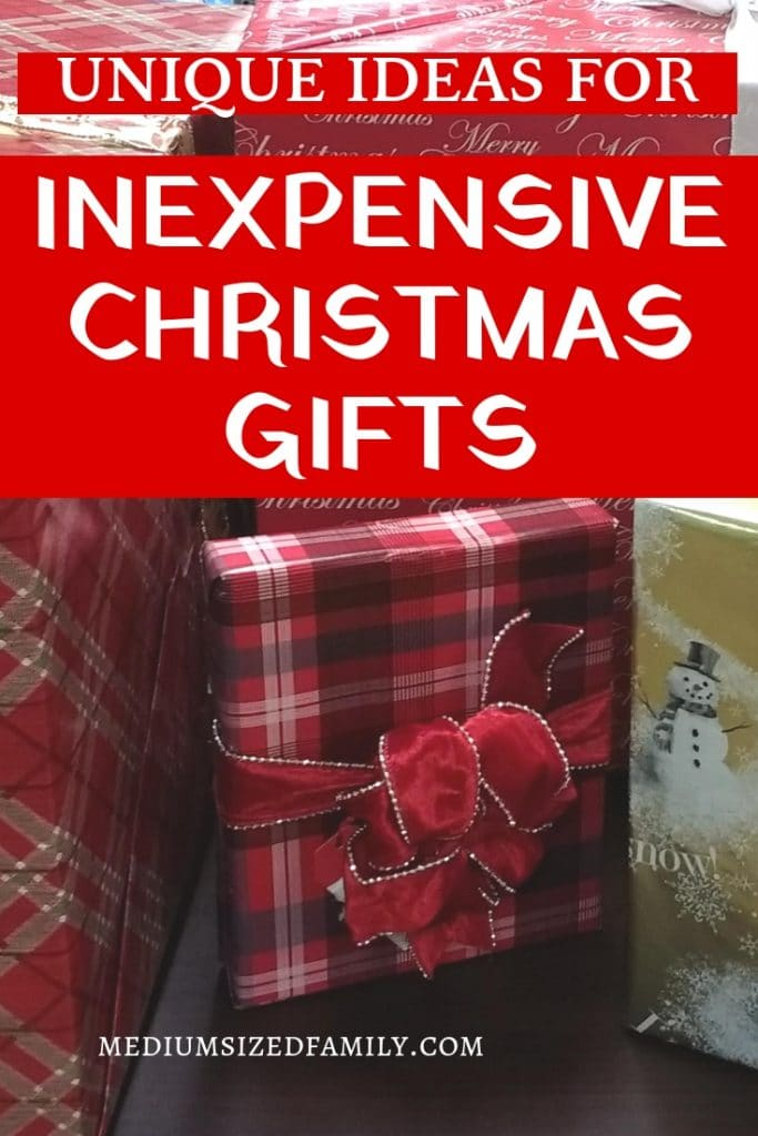 These inexpensive Christmas gifts are the perfect ideas for family. Get easy but unique suggestions for Christmas presents, even if you don't have much money to spend!