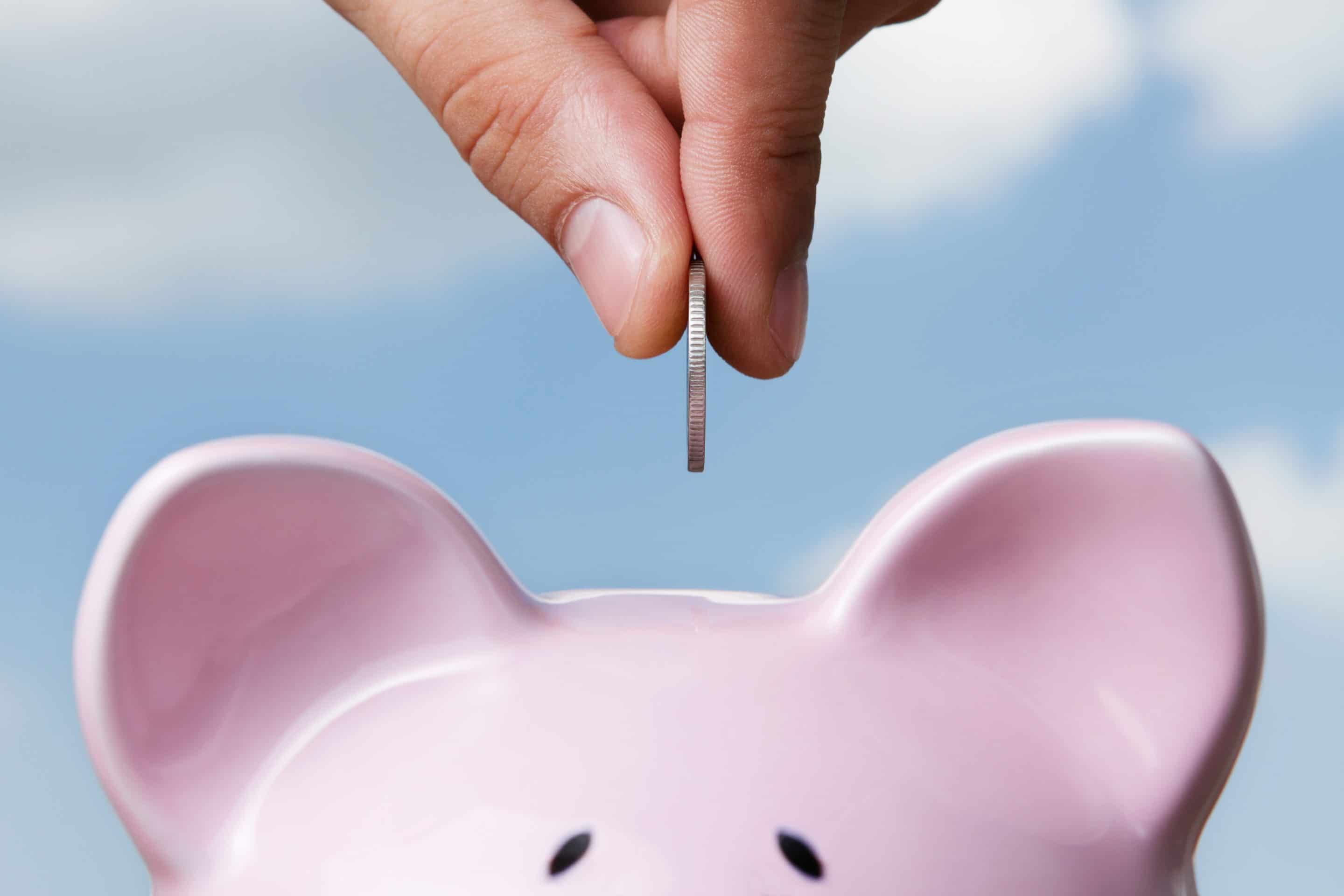 Creative Ways To Save Money When You're On A Tight Budget